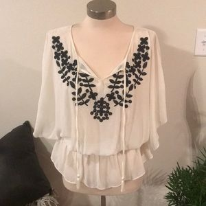 Elle Embroidered Flowy Blouse